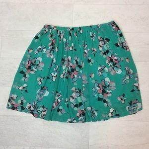 Elle Skirt Sz Medium Pleated Green Floral Feminine